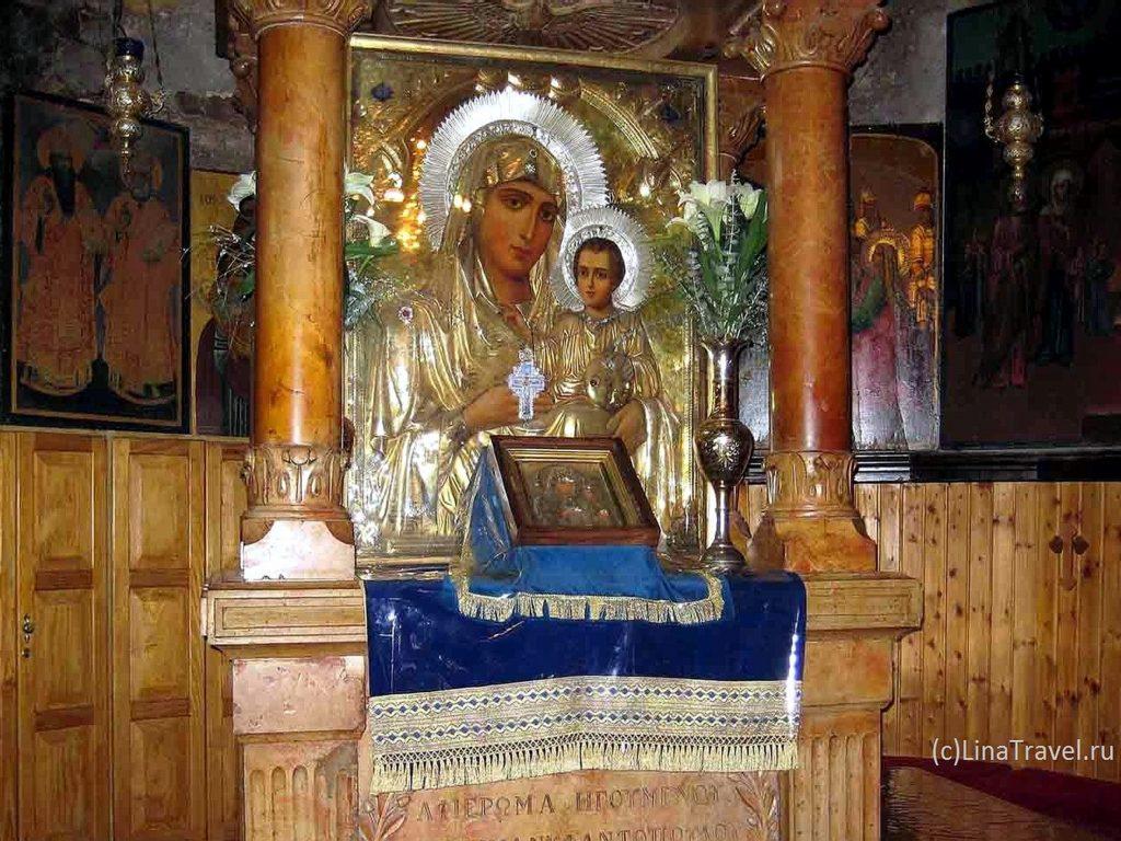 Икона Иерусалимской Божией Матери в гробнице Девы Марии
