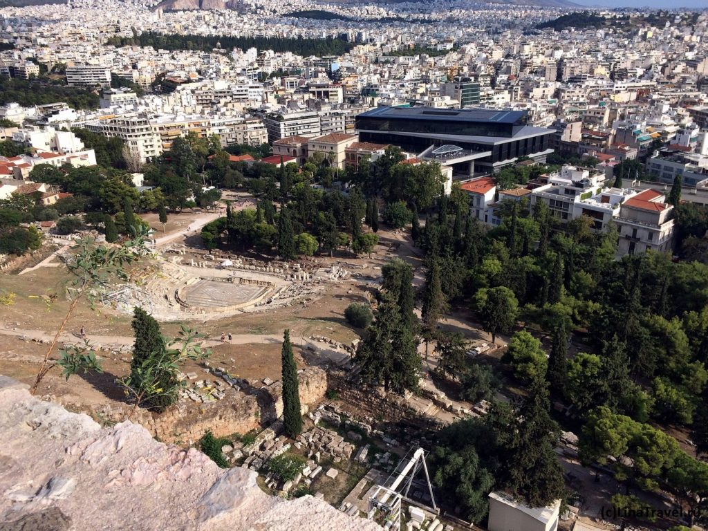 Театр Диониса и музей Акрополя