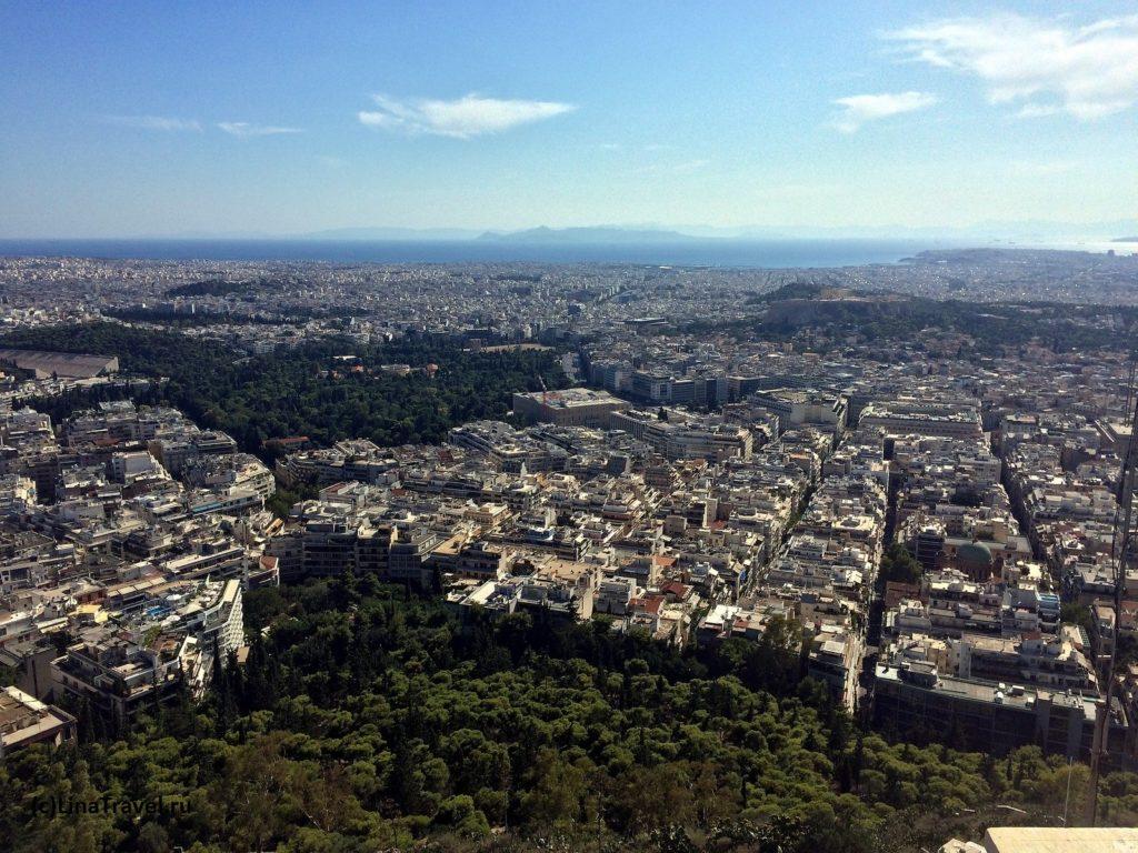 Вид на Афины с холма Ликавитос